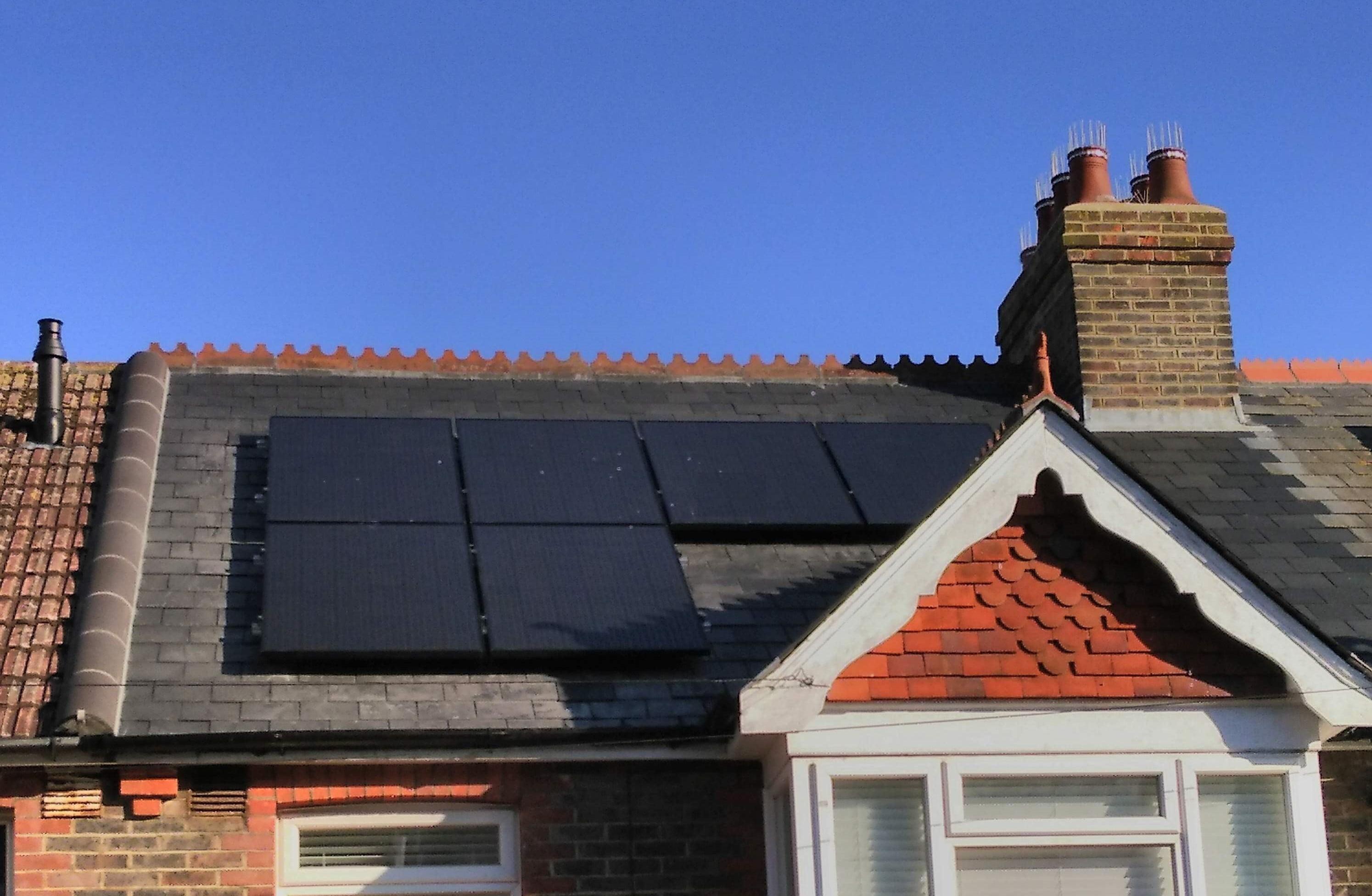 domestic rooftop solar panels battery storage combination brighton hove